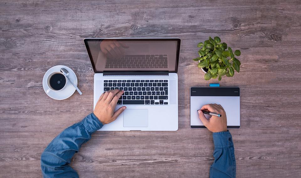 Na co zwrócić uwagę wybierając poleasingowy laptop do grafiki?