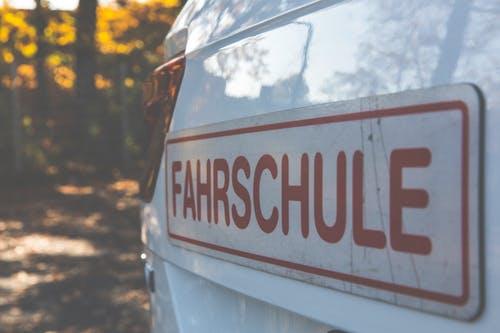 Praca w Niemczech – czy polskie prawo jazdy jest ważne za granicą